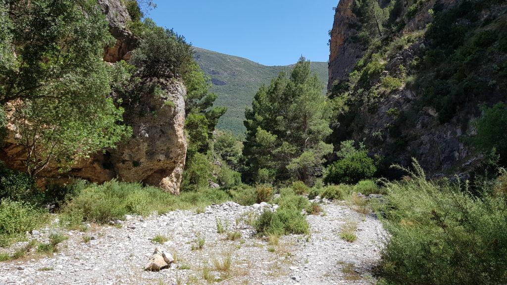 Zona de cuevas, cerca de la salida