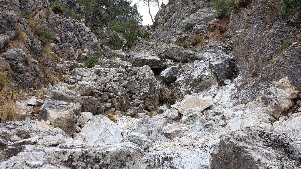 Barranco de las Cuevas. Rastros del antiguo sendero