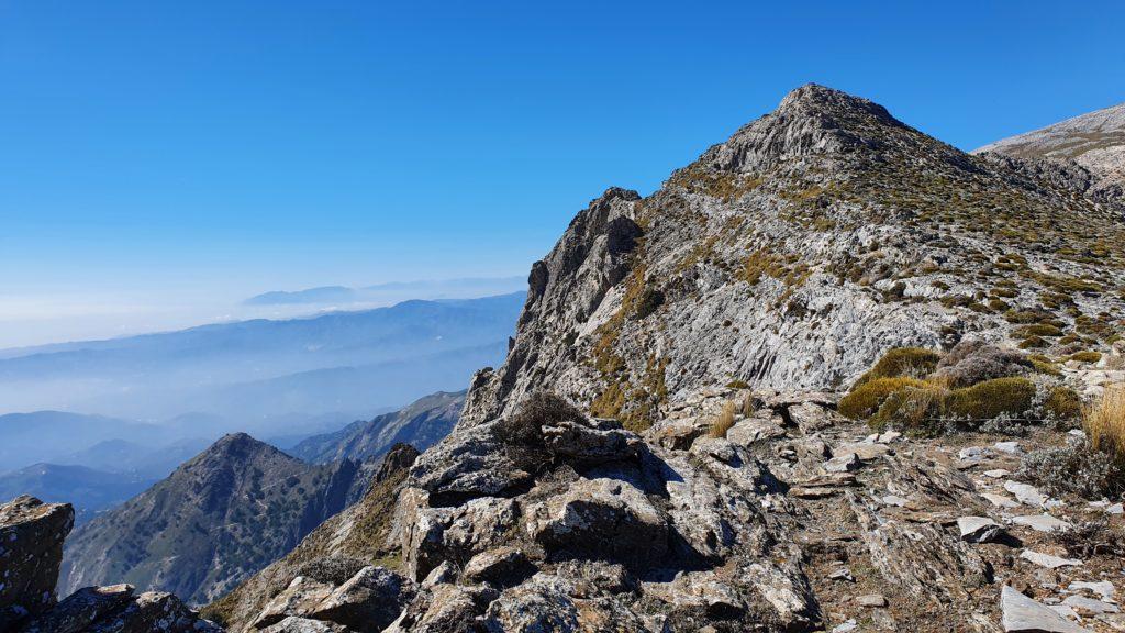 Hacia el Morrón desde el primer cerro