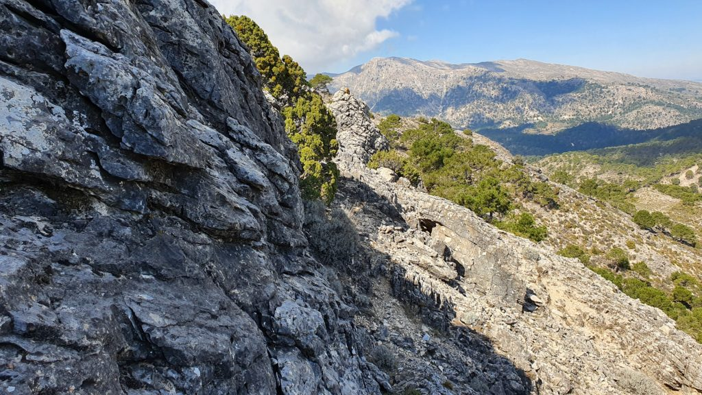 Rodeando las rocas